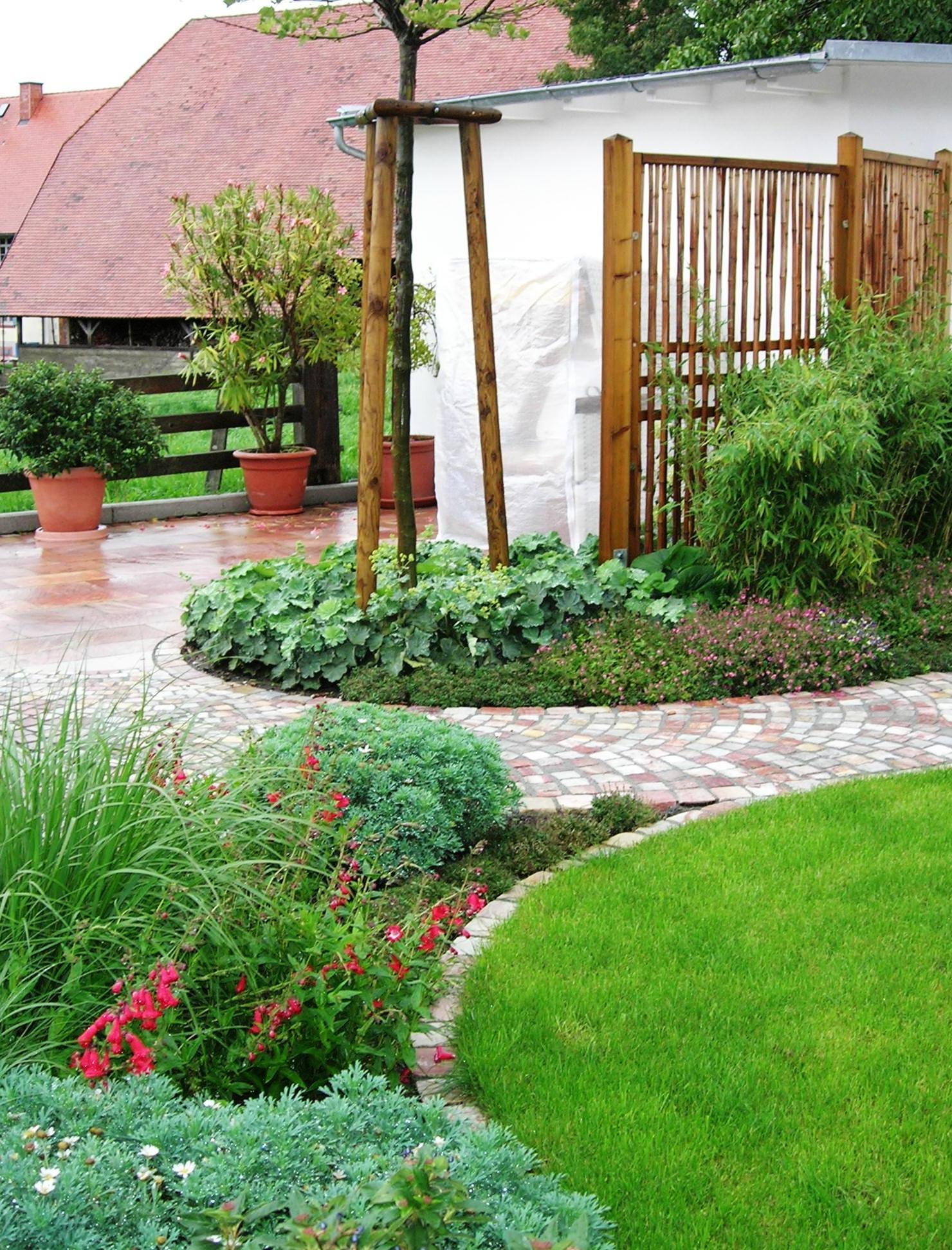Terrassengestaltung landhaus garten design ideen um ihr for Landhaus garten anlegen
